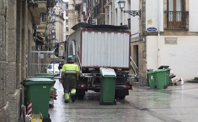 Huelga indefinida en la recogida de basuras y limpieza de calles de Gipuzkoa desde el día 20