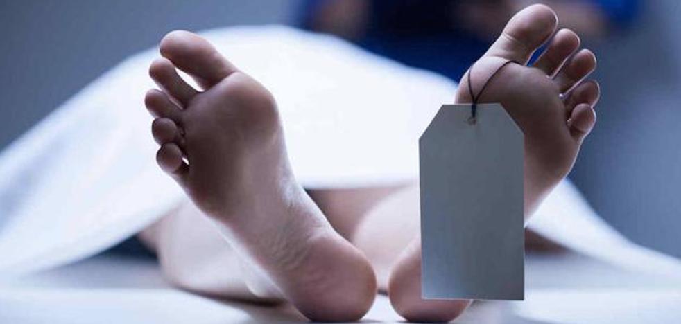 Unos médicos dejan morir a un hombre sin tratarlo al ver la frase que tenía en su tatuaje