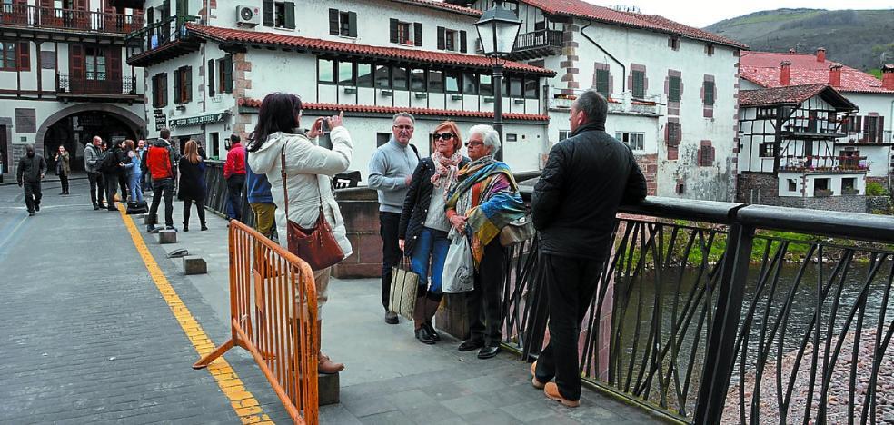 Las Casas Rurales de Baztan-Bidasoa cuelgan el cartel de 'completo'