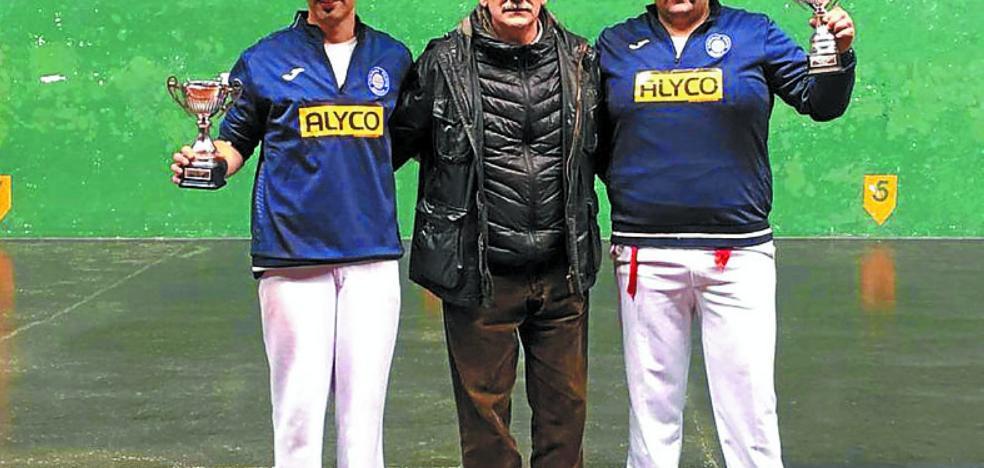 Arrizabalaga y Konde, campeones de Gipuzkoa de pala de tercera categoría