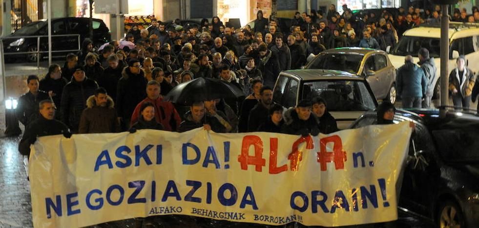 Trabajadores de Alfa de Eibar inician el lunes una huelga indefinida contra los despidos