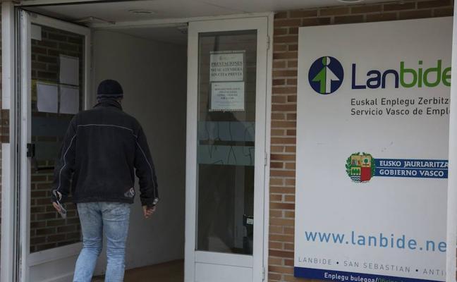 Más de 35.000 parados cobran la RGI como única fuente de ingresos en Euskadi