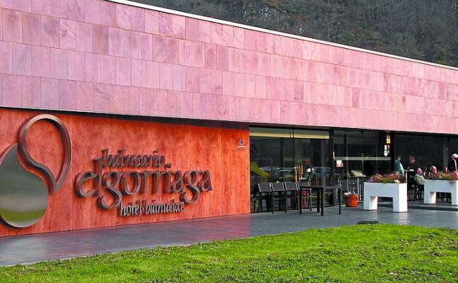 La asociación Igualar, de visita en el Balneario y resto de la comarca