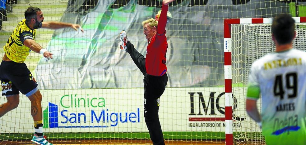 El Bidasoa-Irun demostró en Pamplona que tiene equipo para más