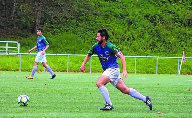 El Preferente de fútbol recibe esta tarde en Zarkumendegi la visita del Ostadar