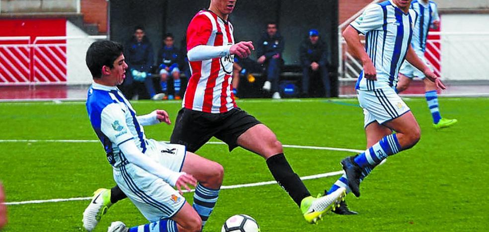 Fútbol infantil y juvenil en la zona deportiva de Mintxeta en la jornada de hoy