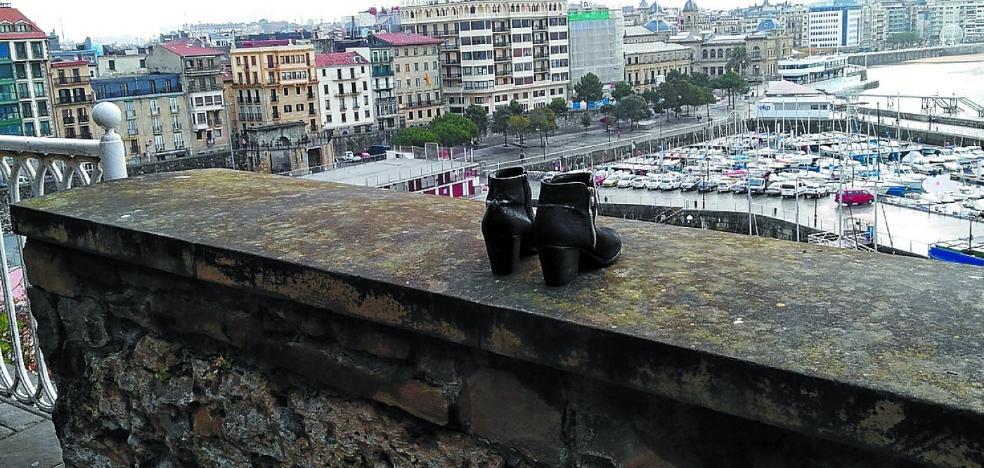 Dejar las botas en el paseo de los Curas