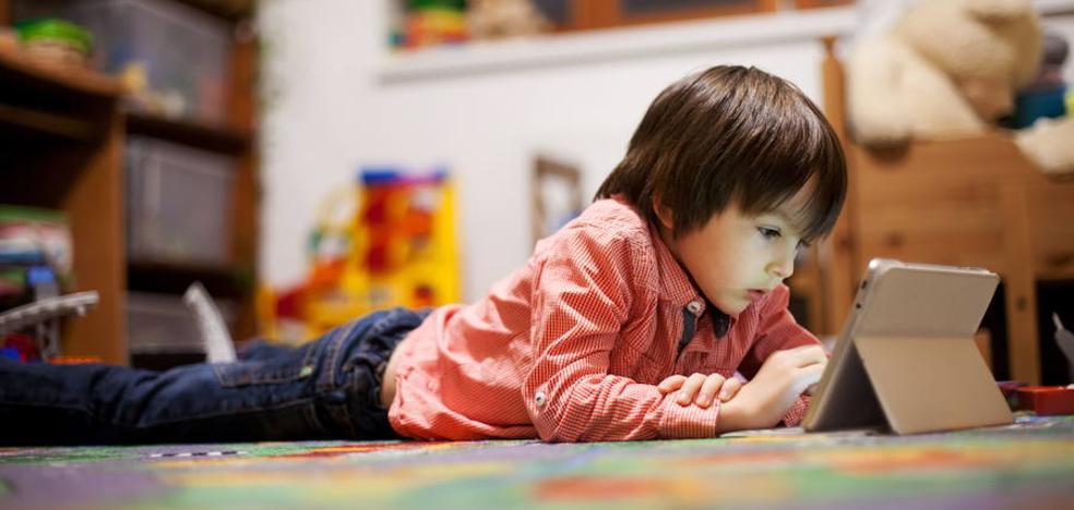 Uno de cada tres internautas es un niño pero no hay medidas suficientes para protegerlos