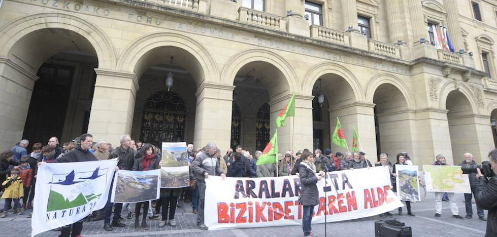 Citados a declarar los directores de Montes y Obras Hidráulicas de Gipuzkoa por delitos contra la ordenación del territorio