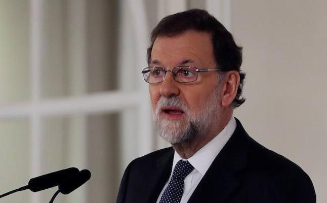 Rajoy defiende el régimen foral y el Cupo y se pregunta: «¿No tenemos suficientes líos para organizar uno más?»