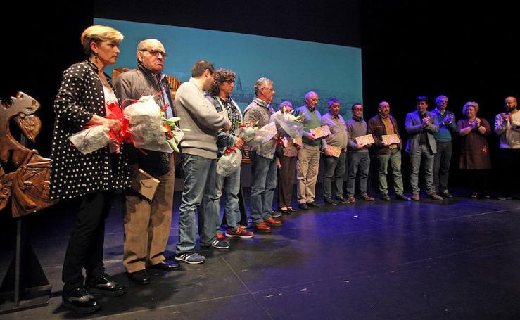 Alcaldes y abertzales del PSE se unen por las víctimas policiales en Errenteria