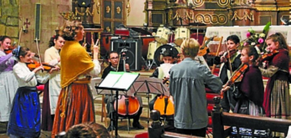 Actuaciones de los alumnos de la Escuela de Música de Bera Isidoro Fagoaga