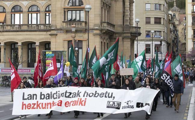 La enseñanza pública vasca vive hoy una huelga con el apoyo de todos los sindicatos