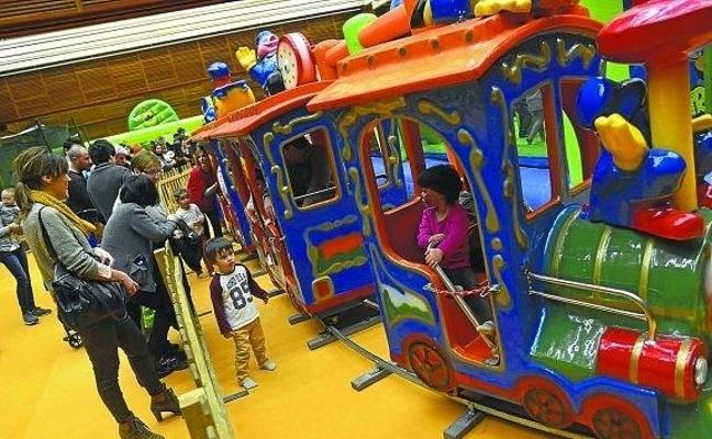 Llega Gabonak Zuretzat, con 250 actividades para niños y jóvenes en diecisiete barrios donostiarras