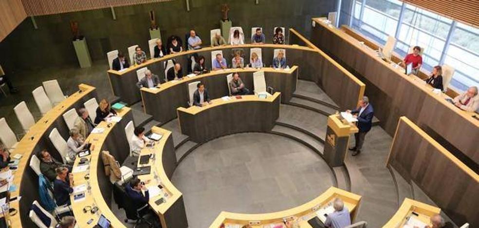 Las Juntas de Gipuzkoa reivindican por unanimidad el derecho de las víctimas del franquismo