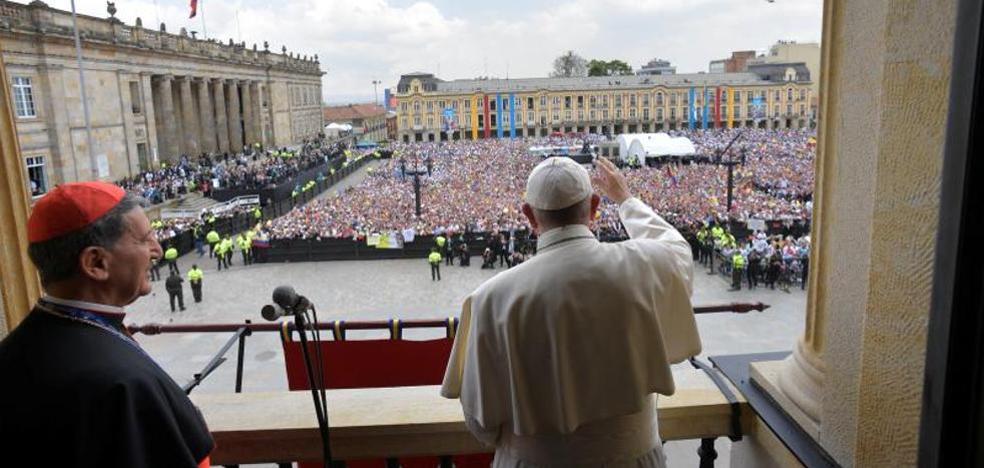 No esperes una bendición del Papa por WhatsApp