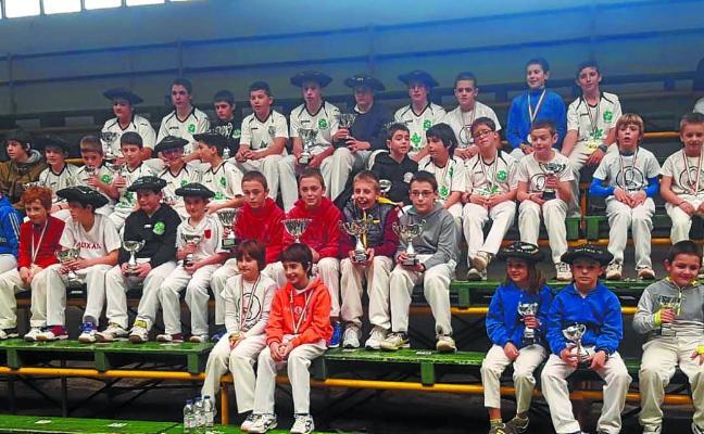 Mucho público en las finales del campeonato Bortziriak disputado en Bera