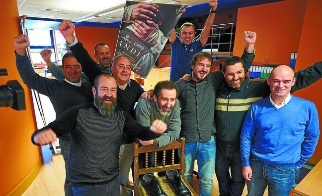 Así celebró el equipo de 'Handia' las 13 nominaciones a los Goya