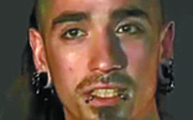 El radical detenido por el crimen de Zaragoza dejó inválido a un policía