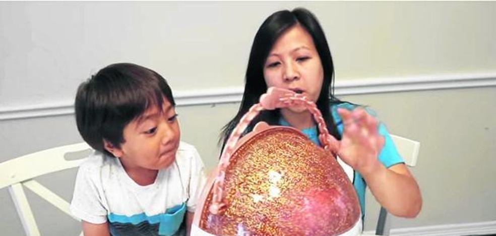 'Babytuber' multimillonario con seis años
