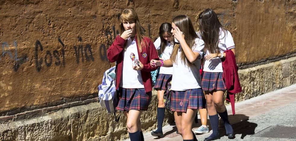 El Parlamento Vasco rechaza acabar con los conciertos a centros que segregan por sexo
