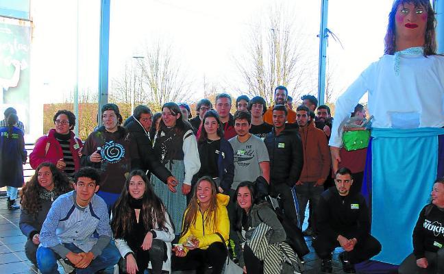 Los alumnos del CIFP Hernani, solidarios con los de Wukro