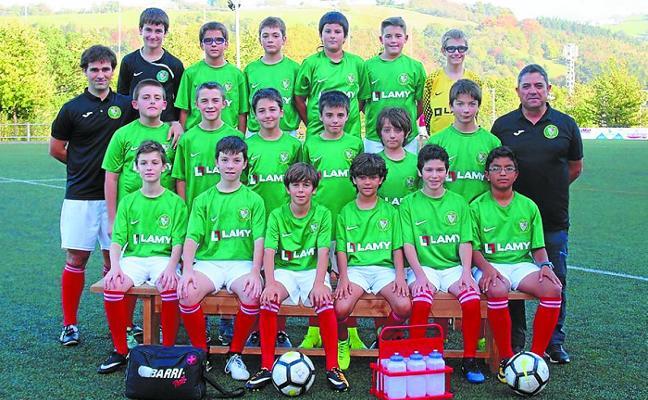 El infantil txiki abrirá mañana la jornada de fútbol en Harizti