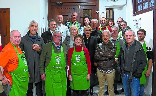 Klink cerró los eventos solidarios con 4.235 euros para Aspanogi