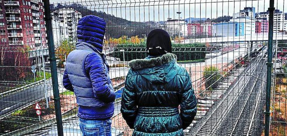 Euskadi cierra el año con la llegada de 127 refugiados y un millar de peticiones de asilo