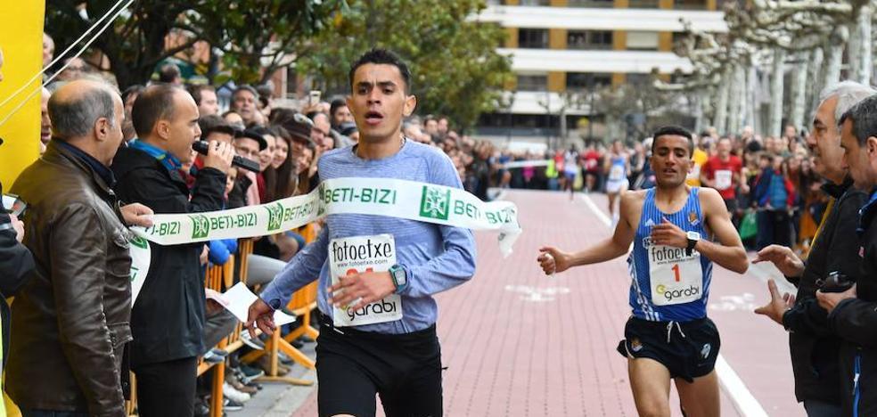 Los atletas marroquíes dominan la San Silvestre de Beasain