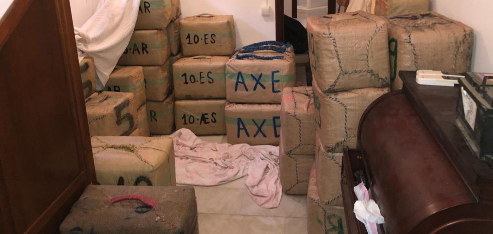 Desmantelan una red de narcos e incautan tres toneladas de hachís en Cádiz