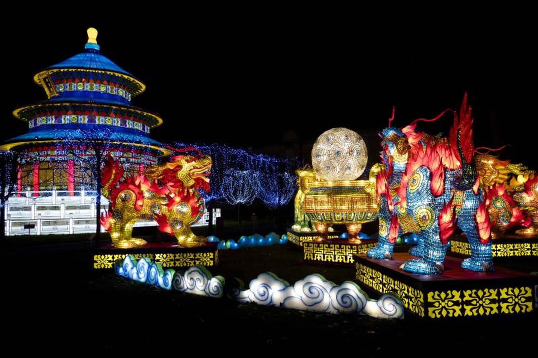 Francia hace un guiño al Año Nuevo lunar chino
