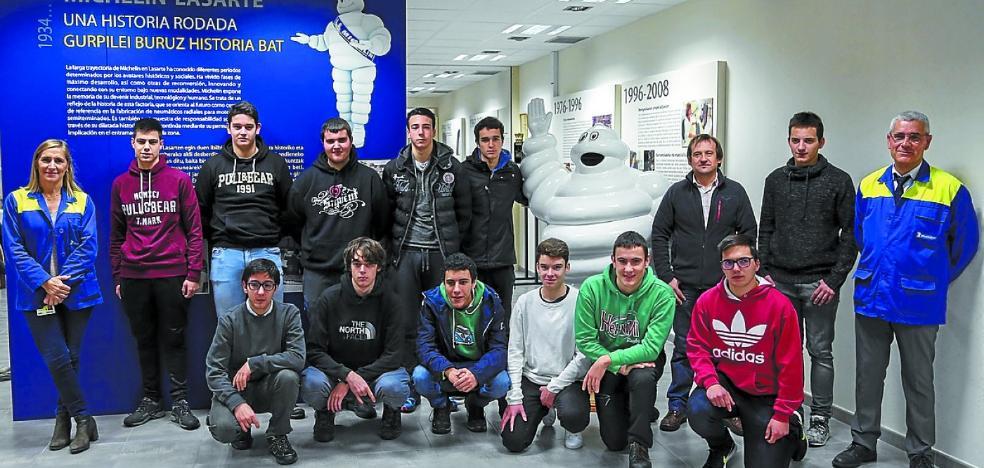 Michelin vuelve a apadrinar a los alumnos de Usurbilgo Lanbide Eskola en STARTinnova