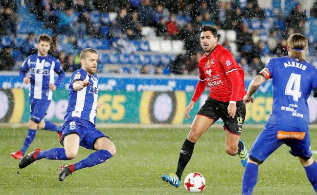 El Alavés supera sin apuros a un orgulloso Formentera