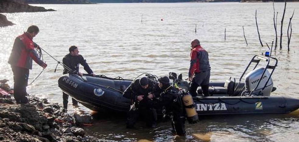 «Lo más probable es que Jon Bárcena esté sumergido en el pantano», dice el Gobierno Vasco