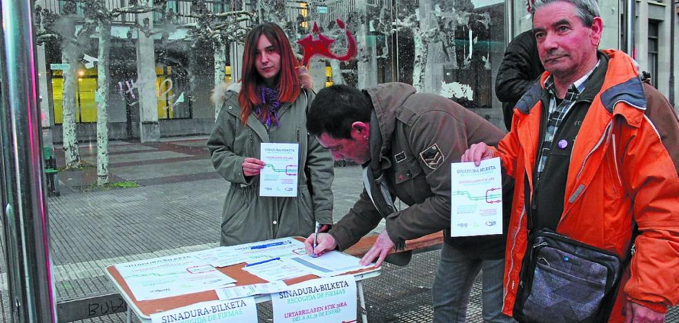 EH Bildu, Irabazi y Baleike reclaman «un transporte público eficiente»