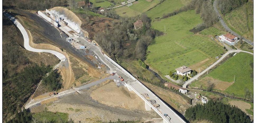 El Gobierno acuerda licitar el último tramo del nudo de Bergara para que la Y vasca esté operativa en 2023