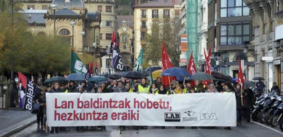 Los sindicatos critican a Uriarte por eludir los problemas de la enseñanza