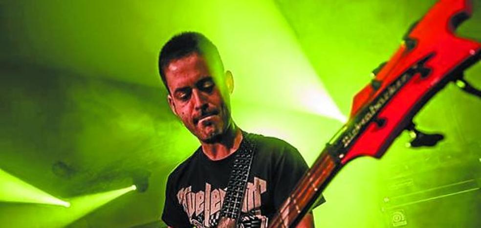 Fumut taldearen rock eta stoner soinuak entzungo dira hilaren 19an Herri Antzokian