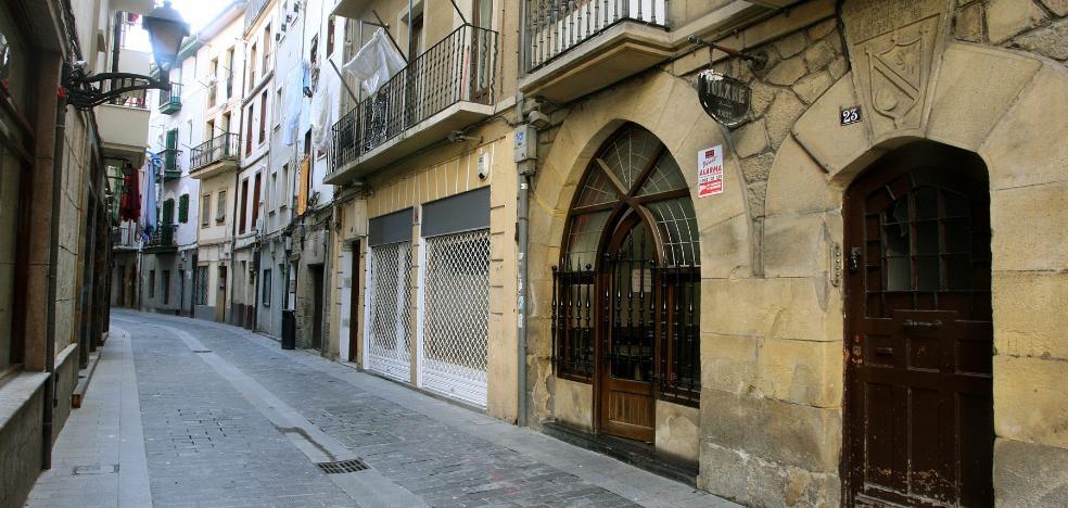 Los vecinos de la calle Santxo-Enea celebrarán una comida el día 27