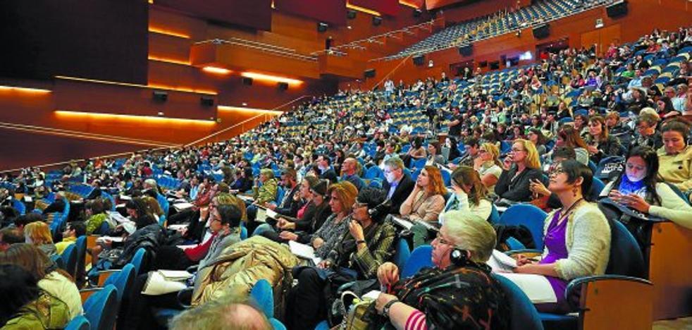La apuesta por equilibrar el reparto de congresos en Euskadi se limita a dos informes en tres años