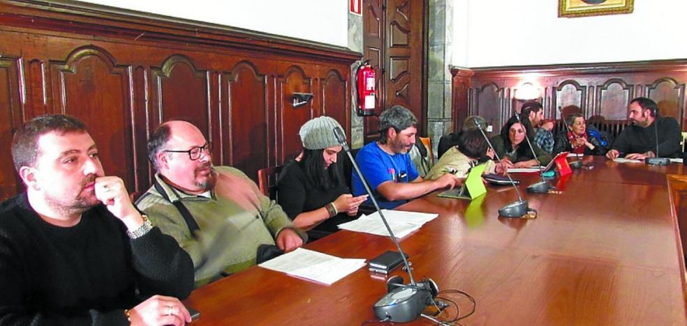García envía un abrazo a los familiares de presos y critica las proclamas políticas en fiestas