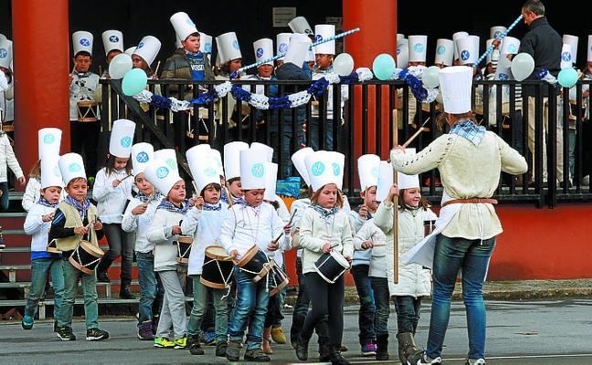 Los alumnos de Telleri tocarán hoy las marchas de Sarriegui