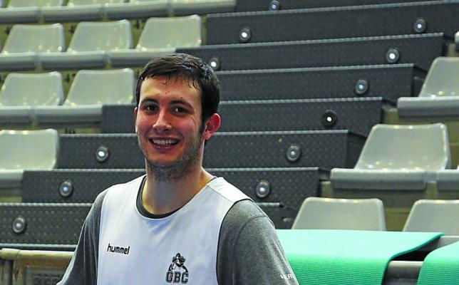 Xabi Oroz (Escolta del Delteco-GBC): «El Madrid no ha perdido aún fuera, pero podemos dar la sorpresa»