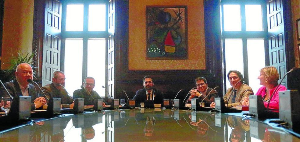 Puigdemont redobla la presión sobre Roger Torrent para que permita su 'teleinvestidura'