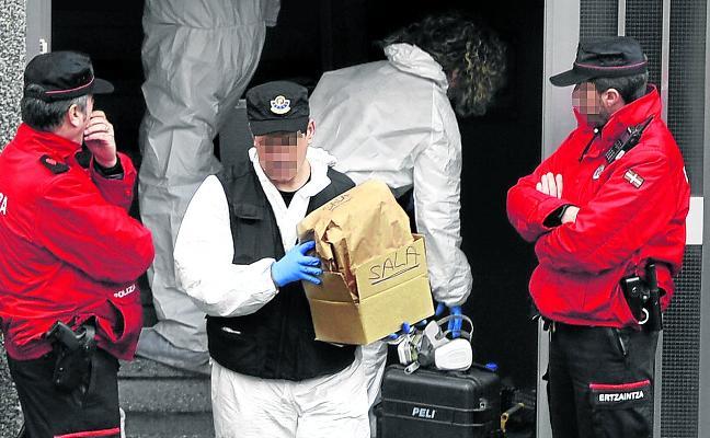 Buscan entre delincuentes habituales a los autores del crimen de Otxarkoaga