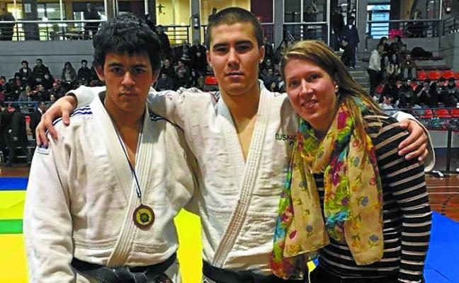 Felipe Madera gana el bronce en el Campeonato de Gipuzkoa de judo categoría júnior