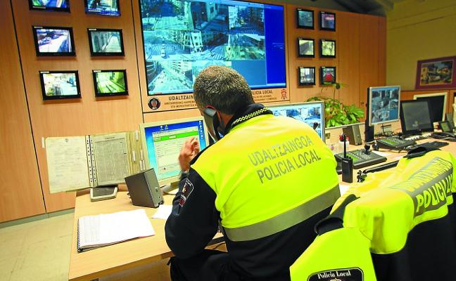 El Ayuntamiento lanza una OPE para cubrir doce plazas de policía local