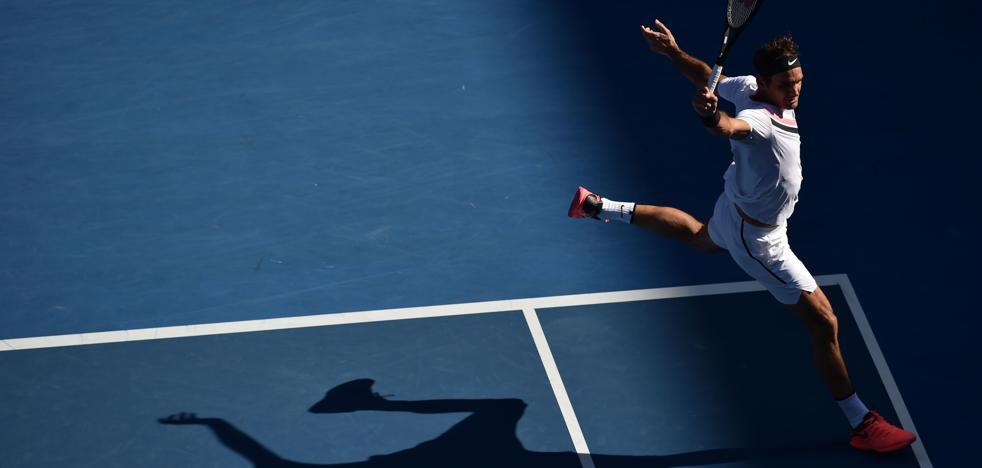 Federer, el tenista más mayor en pasar a cuartos desde Rosewall