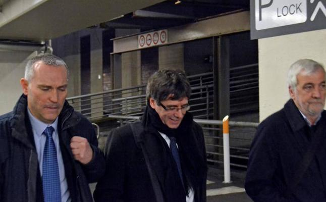 Puigdemont abre la puerta a su regreso